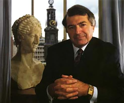 Gaiacorp Chairman Dr. Ross Jackson with bust of Gaia