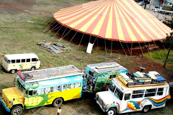 La Caravana is a mobile ecovillage working in Central and South America